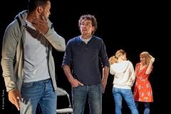 Le Lien Théâtre -La mêlée - Photo © Ernesto Timor